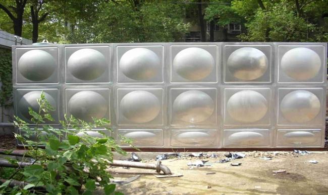 食品级SUS304不锈钢水箱的介绍