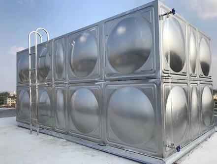 说明不锈钢水箱出水管的设计部分